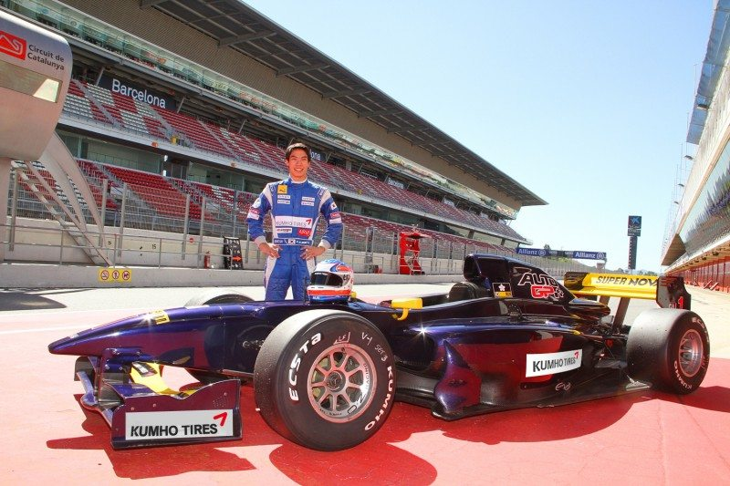 Kumho conducts 'F1 test' in Spain