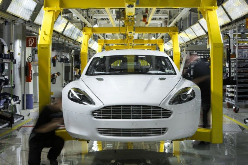 return to 1.5 million mark expected for uk car manufacturing in 2013