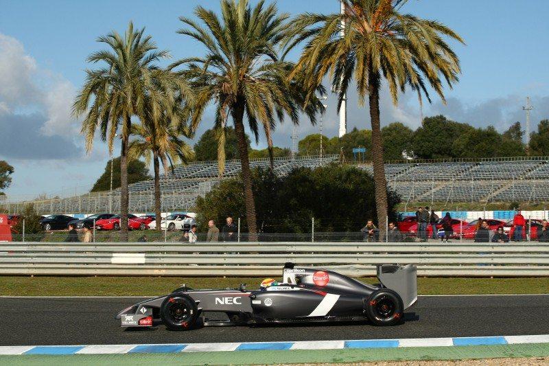 Esteban Gutierrez F1 winter tyre Jerez