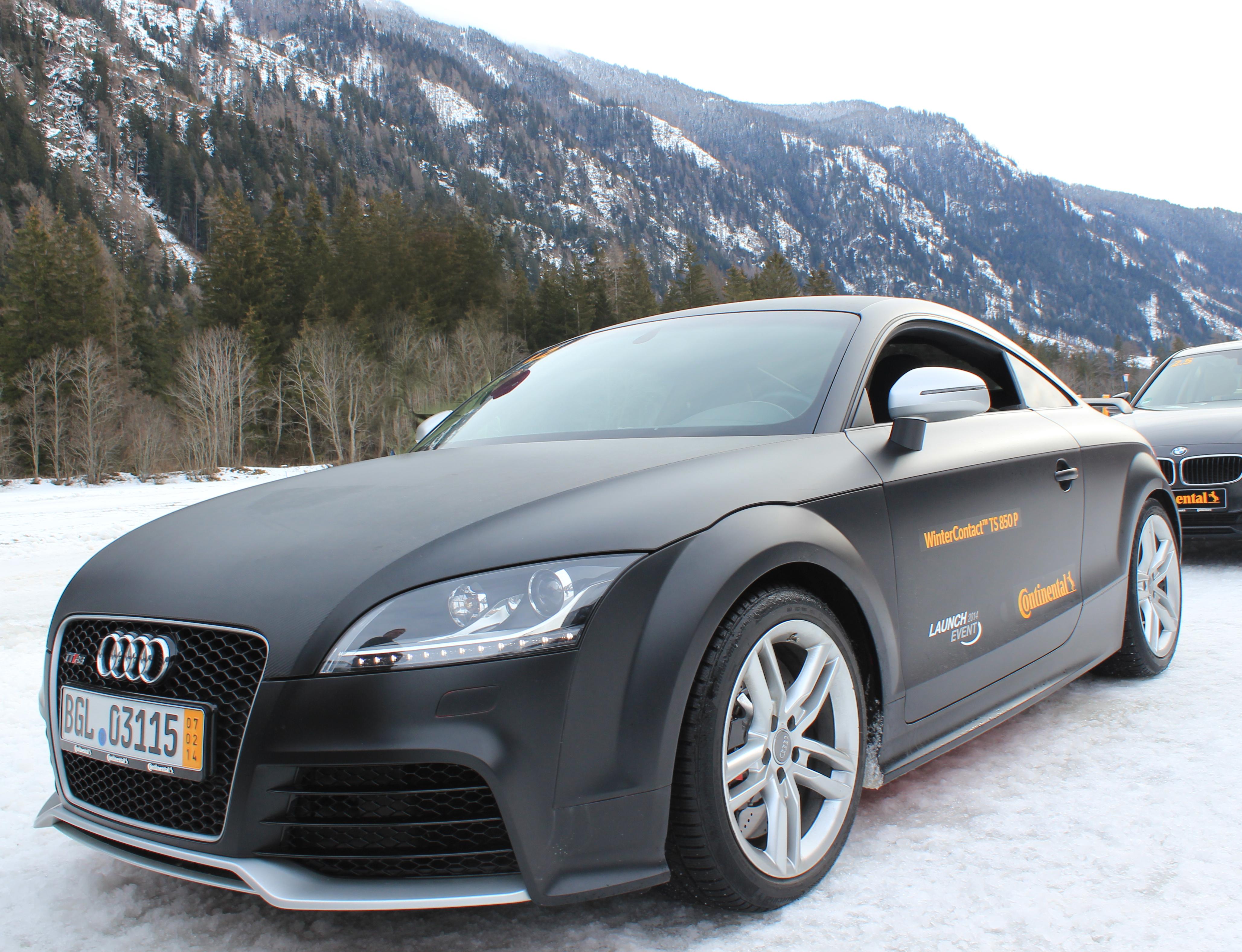 Matt black Audi TT
