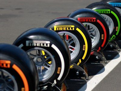 Pirelli expects 2-3 pit stops in Melbourne F1 season opener