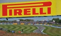 Pirelli introduces WSBK qualifier tyre at Donington