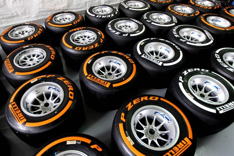 British GP to roll on Pirelli's hard, medium tyres