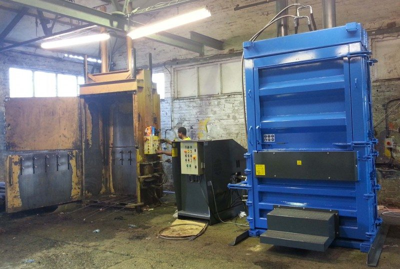 Easi Recycling launches W8500H tyre baler