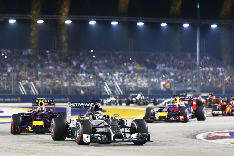 Hamilton uses soft tyres to seal victory in Singapore