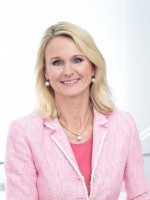 Bentley's Dr Ariane Reinhart joins Continental's executive board