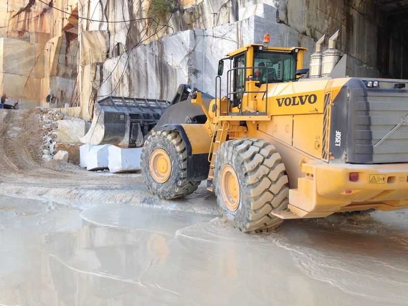 Goodyear tyre supply for Volvo's largest wheel loader