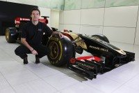 Jolyon Palmer joins Lotus as F1 test/third driver