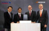 Hankook, Schmitz Cargobull sign OE tyre agreement