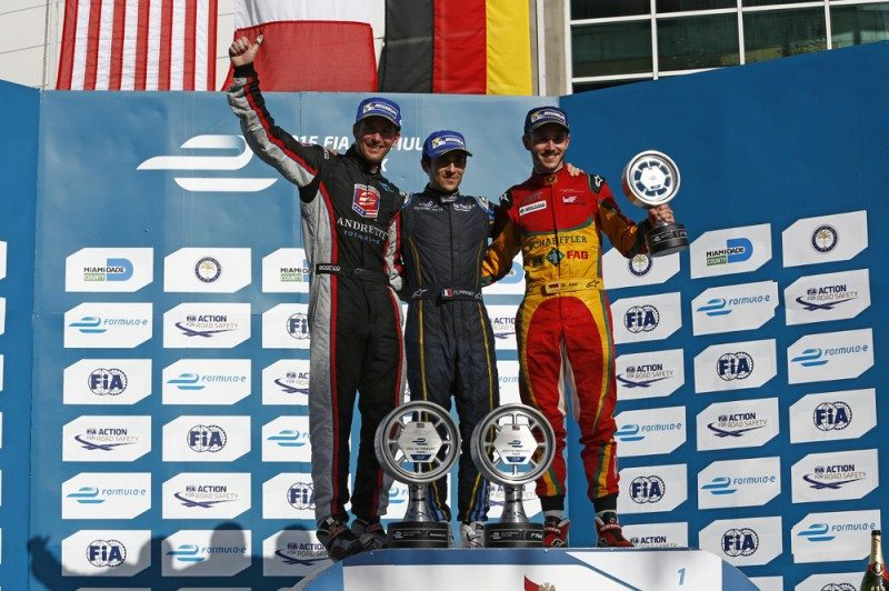 Prost triumphs in first US Formula E race