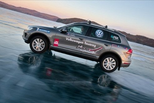Michelin-shod VW Touareg sets speed record on ice