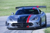 Kumho supplies new Dodge Viper ACR with bespoke Ecsta V720 UHP tyre