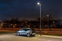 BMW showcases street light/vehicle charging system