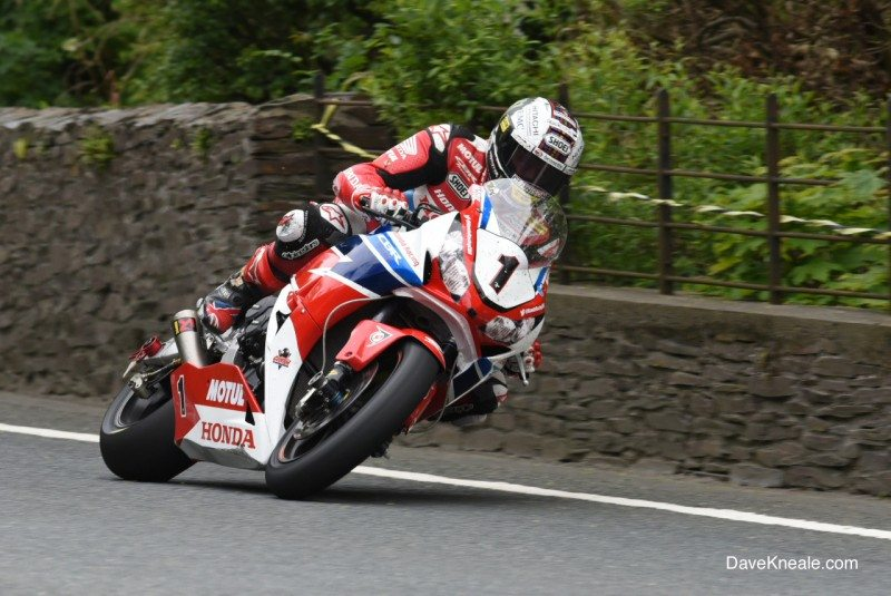 Dunlop riders claim 10 podiums, 3 wins, lap records