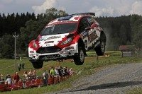 Dmack backs Pedder for home rally run