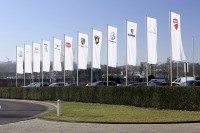 VW reports first quarterly loss in 15 years