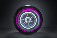 New slick tyre extends Pirelli F1 range, 3 compounds available per race weekend