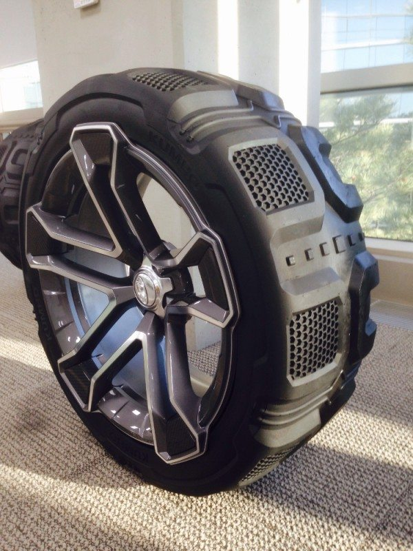 Kumho's concept SUV tyre for the Hyundai Carlino compact