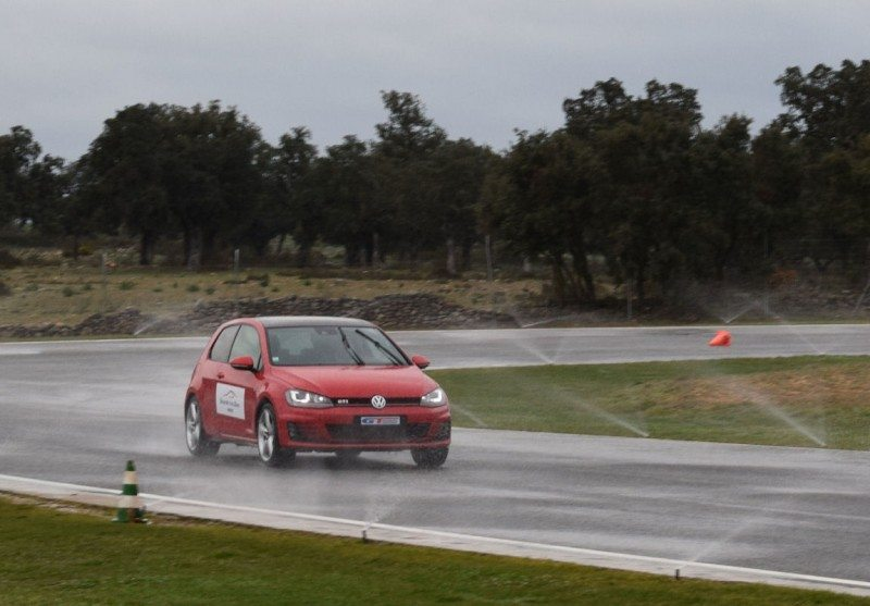 According to tests performed by DEKRA, the SportActive beat three mid-segment rivals in the 80-20km/h wet braking test