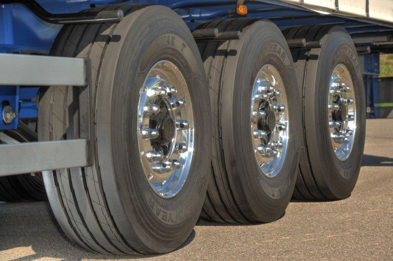 Dent Logistics will fit Goodyear's Kmax tyre