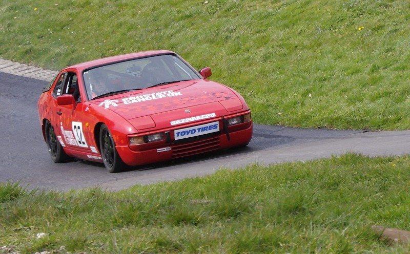 Toyo sponsors Gordon Weston's Prostate Cancer UK Porsche
