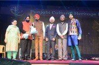 Surender Kandhari acknowledged at Punjabi Icon Awards