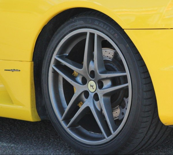 The Ferrari F430 was fitted with Sailun Atrezzo ZS-R tyres in 235/ 35 R19 91W XL on the front and 275/35 R19 96W XL on the rear