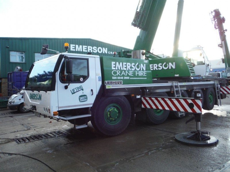 Magna the tyre of choice for Emerson Crane Hire