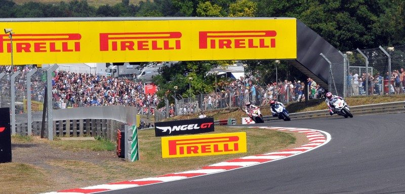 Druids at Brands Hatch will be a popular passing place