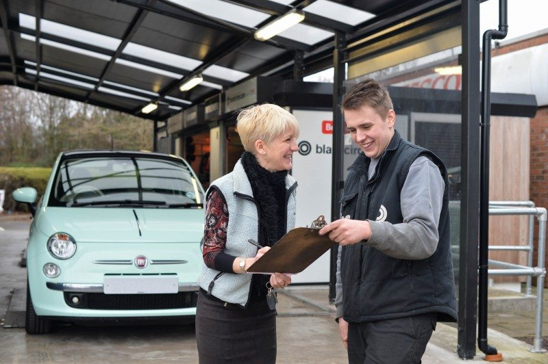 "Blackcircles points out that its online store format supported by ""over 2,000 UK garages - more than double the number of locations as Kwik Fit and other high street competitors combined"". It is also worth pointing out that, since Michelin purchased the company ATS Euromaster branches have become the single biggest group of Blackcircles garages"
