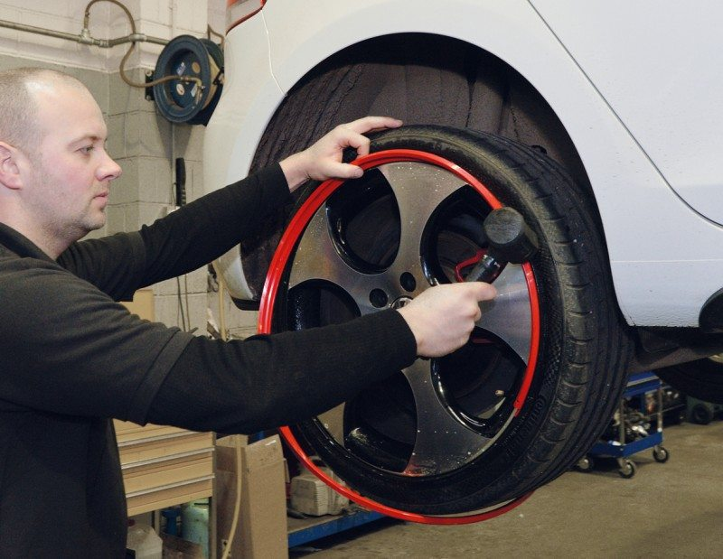 AlloyGator wheel protectors offer a further business opportunity to dealers