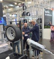 Winntec shows 'next generation' Wheel Assist