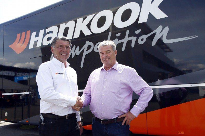 Hankook's motorsport director Europe, Manfred Sandbichler (l), and Walter Mertes (r), CEO of the Formel 3-Vermarktungs-GmbH