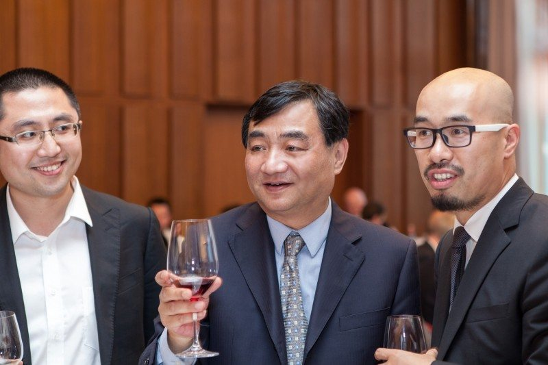 ZC Rubber president Shen Jinrong (centre) and sales director of Europe and Oceania, Nick  Zhou (right)