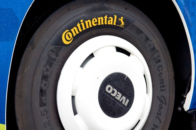 Continental to supply tyres for UEFA Euro 2016 team buses