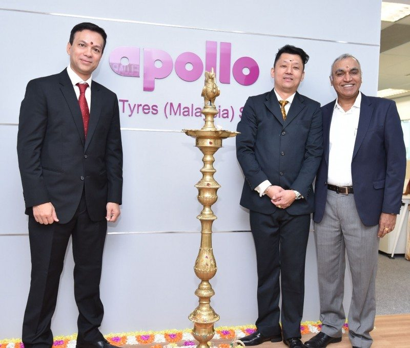 Satish Sharma (r) with Victor Siew, divisional head - Malaysia (centre) and Shubhro Ghosh, group head, ASEAN, Middle East & Africa, Apollo Tyres Ltd, after the inauguration of company's Malaysian office