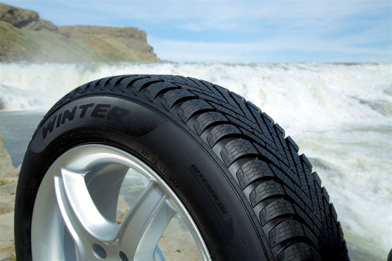 Cinturato Winter: Pirelli aims for summer comfort, winter safety
