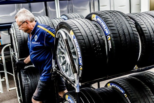 The Michelin Pilot Sport 4 was inspired by its Formula E cousin