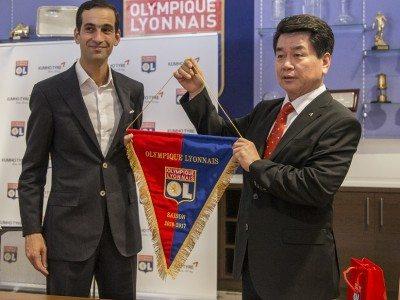 Kumho Tire sponsoring Olympique Lyonnais