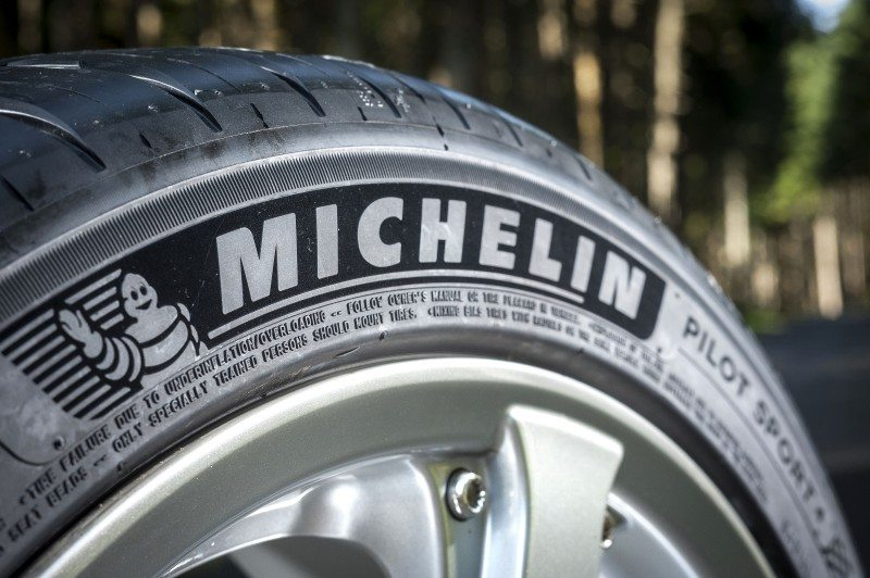 Michelin Pilot Sport 4 wins Auto Express tyre test