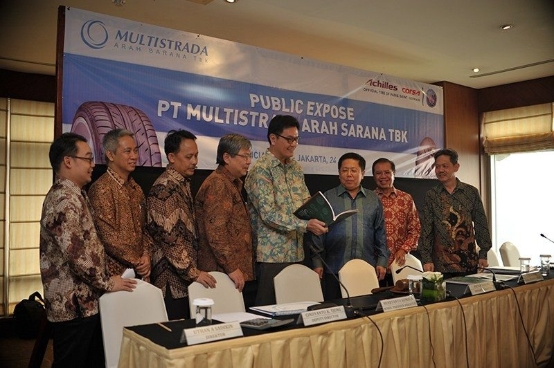 Pieter Tanuri (3rd from right) at a company meeting in Jakarta on 24 June