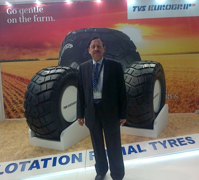 P. Vijayaraghavan, director of TVS Srichakra Ltd., presents flotation radials from the TVS Eurogrip range