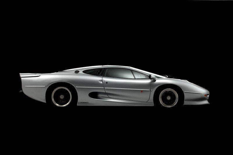 Bridgestone aiming to help the XJ220 celebrate its 25th birthday with a new set of Bridgestone shoes in 2017