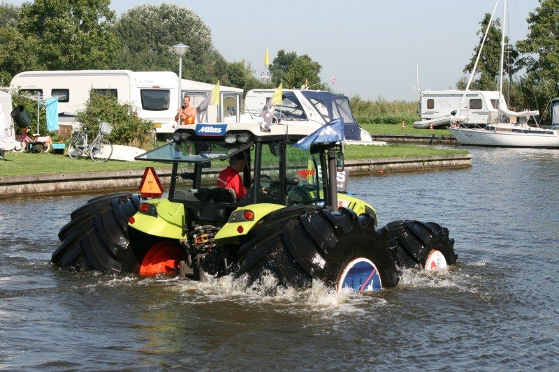 Mitas demonstrates the flotation properties of its tyres on a Claas Axos 320 tractor
