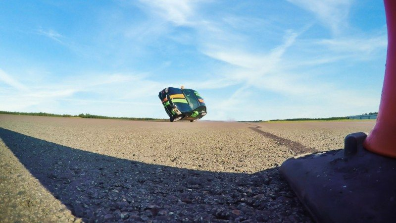 Nokian Tyres and Vianor help set new world record for the fastest car on two wheels