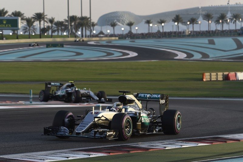 Lewis Hamilton led teammate Nico Rosberg home at the Abu Dhabi grand prix, but lost the 2016 drivers' championship