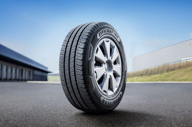 Goodyear EfficientGrip Cargo tops three-tyre mileage test