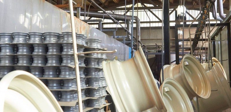 The paint chain can carry up to 18 tonnes of wheels along its 280 metre length when fully loaded