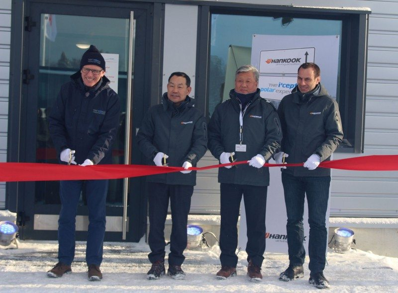 (l to r): Alex Burns (CEO of Test World parent company Millbrook), Ho-Youl Pae, Hyoung Nam Kim (Hankook's head of global R&D and purchasing) and Klaus Krause cut the ribbon at the new Technotrac