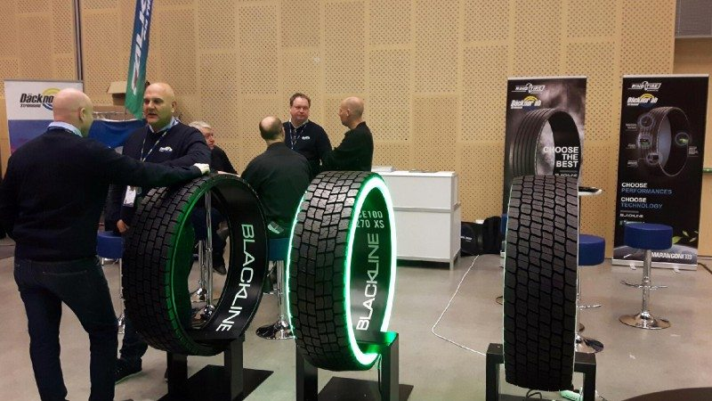 Talking Ringtreads with the Däcknor sales team…